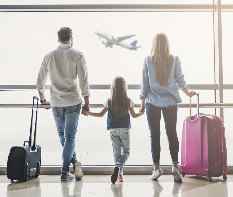 Quién puede solicitar la autorización de viaje para menores
